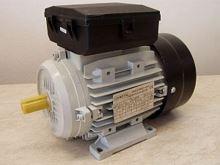 0,18kW / 1400  B3 HMY 63  B4  230V; s jedním kondenzátorem  CEMOT